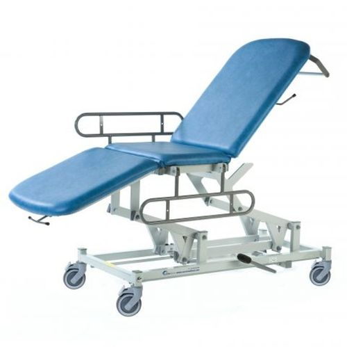 Medicare Mobile 3 Section Couch-Hydraulic